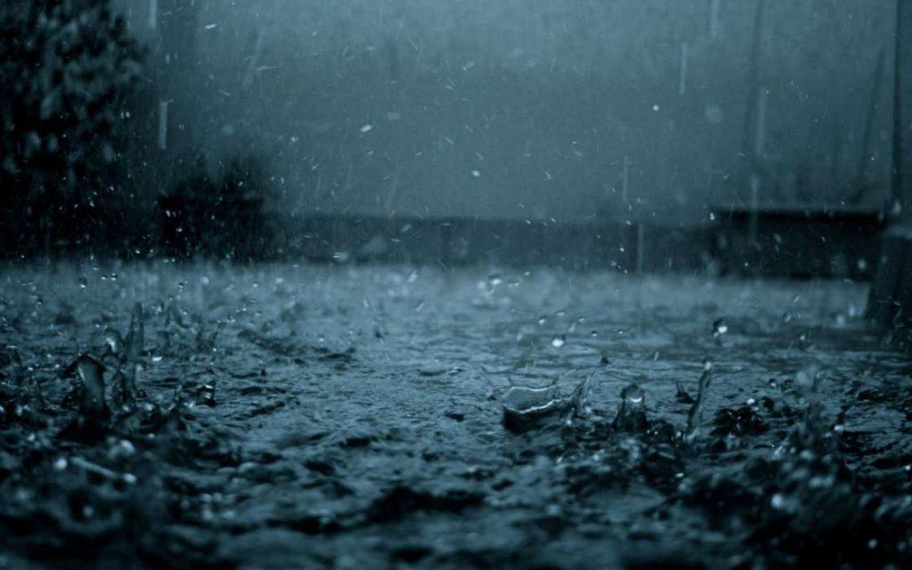 Em 1 hora chove o equivalente a 20% do esperado para todo o mês de abril em João Pessoa
